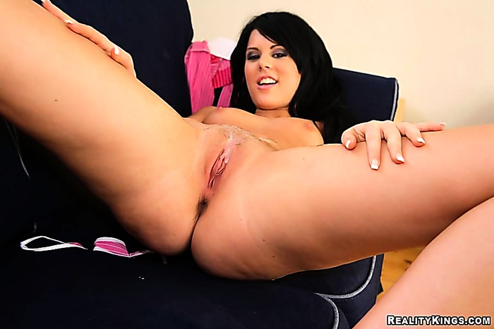 Young wannabe porn star gets shagged raw on camera