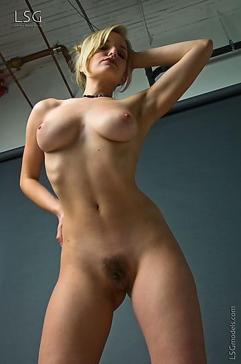 Big tit blonde bj