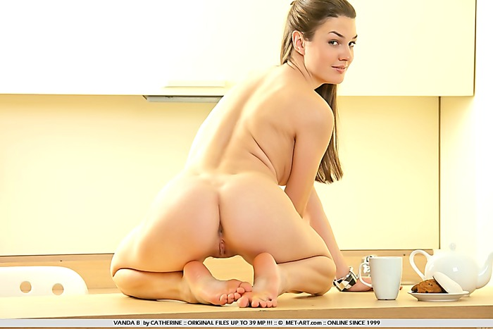 Firm body flexi babe gives good view of shaved smooth pussy